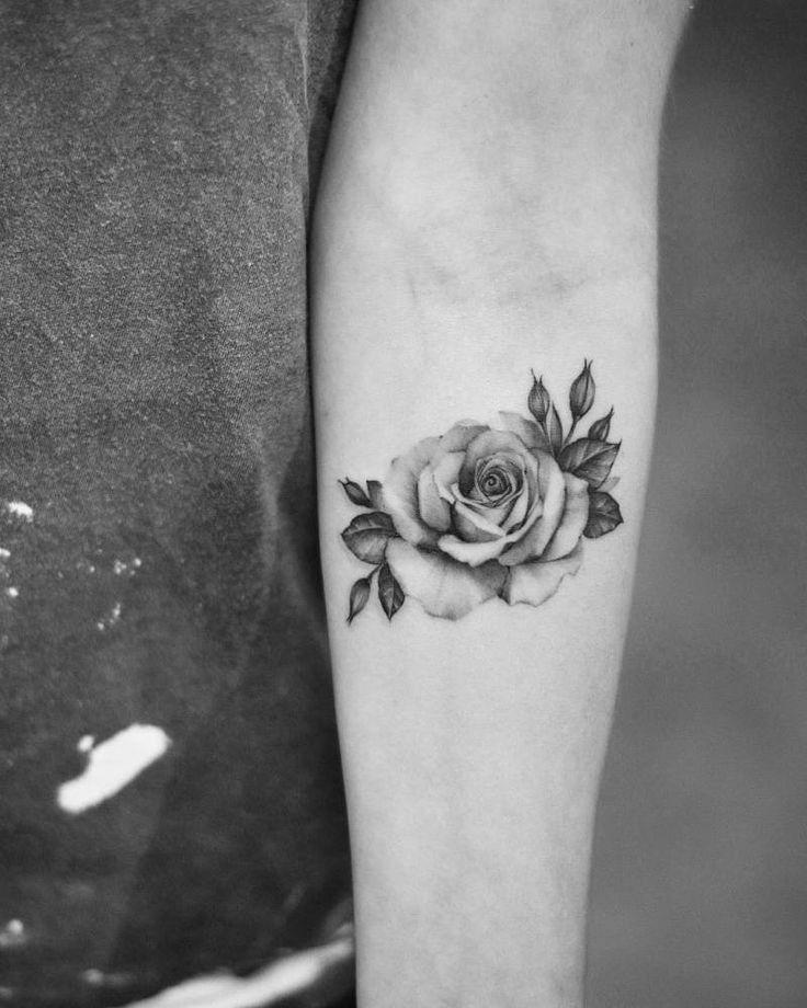 Pin De Caru Camargo En Tatuajes Tatuajes De Rosas Tatuaje Rosa Negra Tatuaje De Rosa