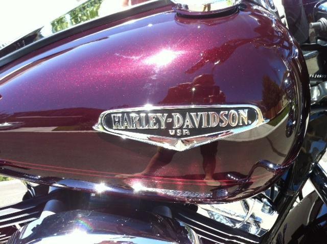 2005 Harley Davidson Road King Black Cherry Pearl Black