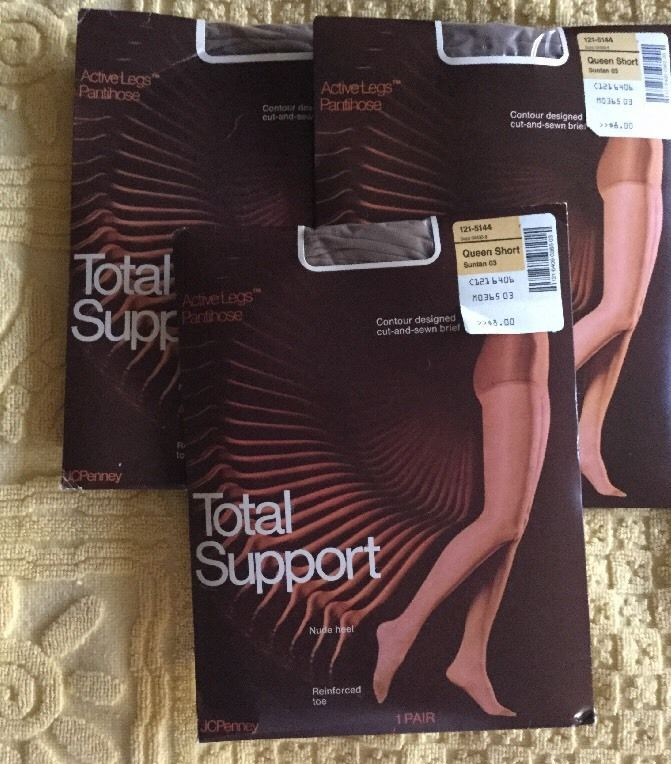 some-vintage-pantyhose-package
