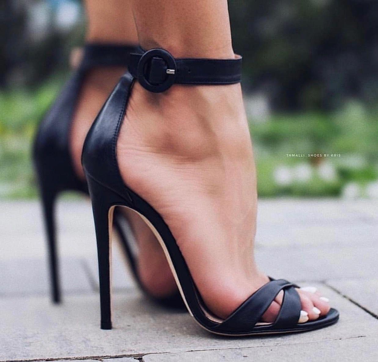 Stiletto #shoes #shoesaddict #sandals #zapatos #estilo