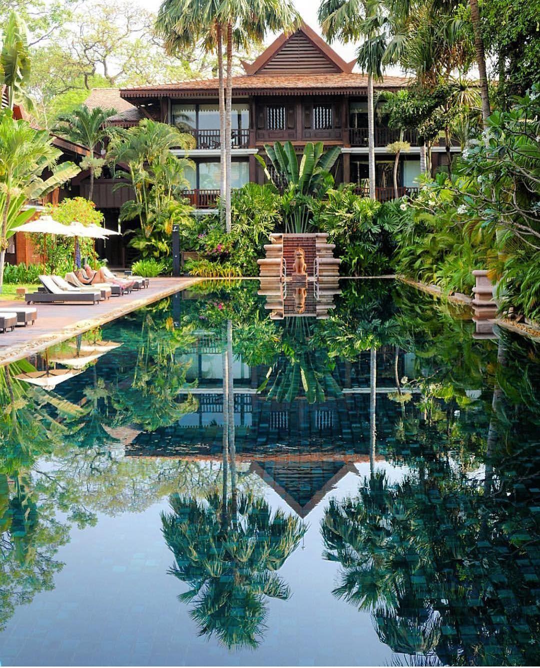 Beach wedding spots  Belmond la Residence de Angkor  Cambodia Credits naelan