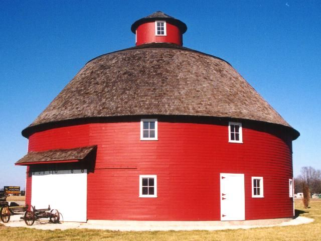 Round Barn In Tipton Indiana