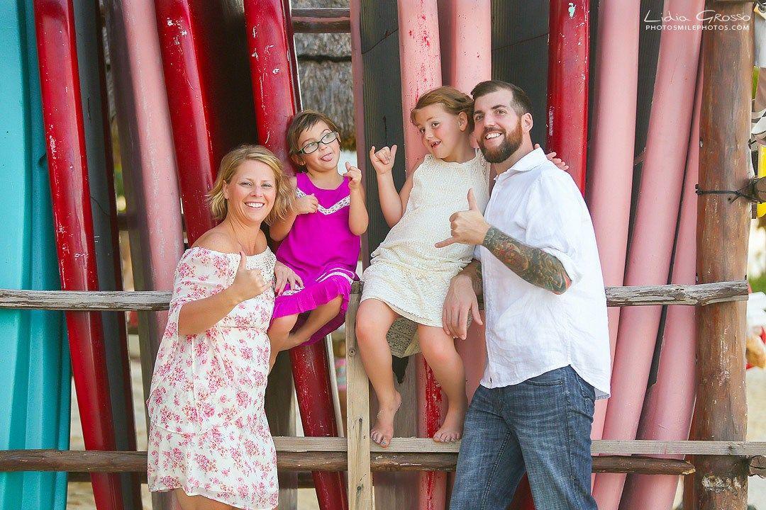 Robin Jeremy Family Portrait Isla Mujeres