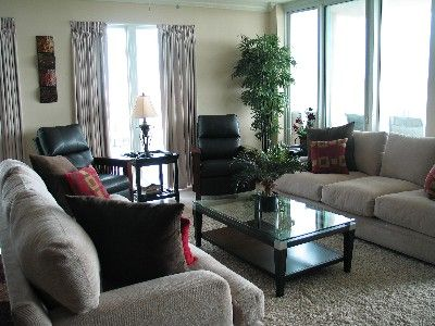 Living Room Layout With Two Recliners Google Search Living Room Furniture Layout Living Room Remodel Home