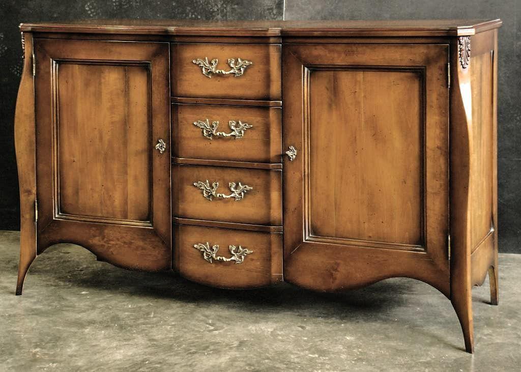 Credenza Con Cantinetta : Credenza in legno massiccio con accessori ottone e finiture