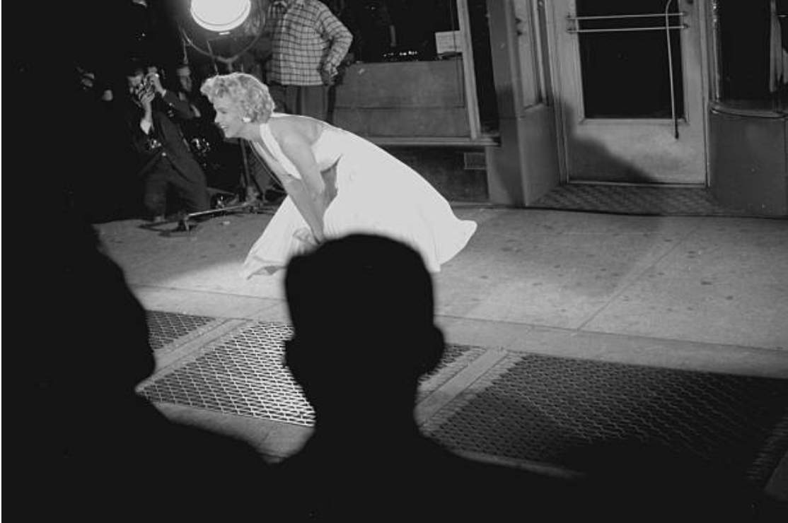 Pin On Marilyn In The Skirt Blowing Scene