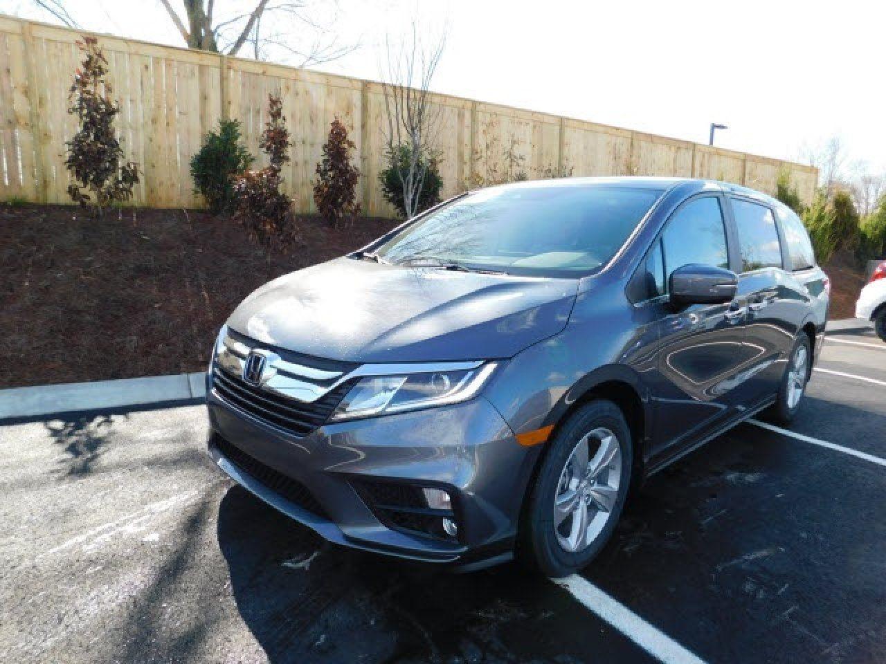 2018 Honda Odyssey EX 5FNRL6H56JB086211 Honda of