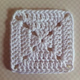 Grannys Squares Dicht Crochet In The Round Pinterest