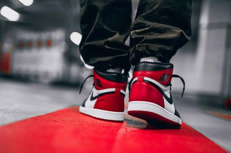 low priced 6daa9 dd87f air jordan 1 retro high og bred toe black red white 555088-610 on feet