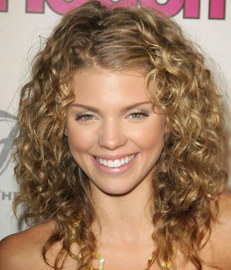 Cute Shoulder Length Curly Hairstyles Women Hair Pinterest