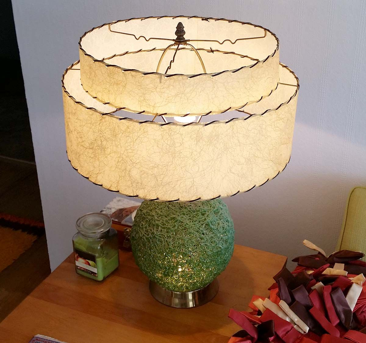 How to ressurect a mid century fiberglass lamp shade