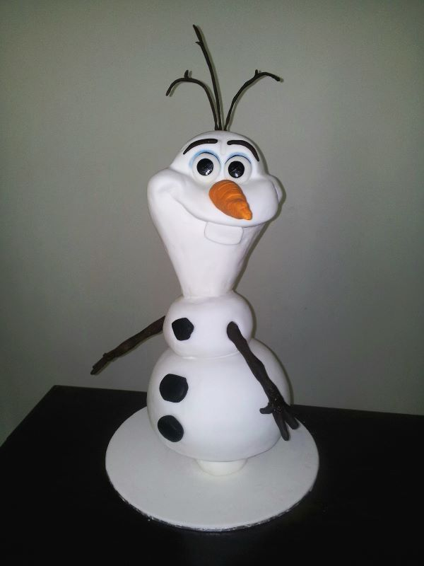 Great Olaf from Frozen by Bee's Cake Design via FB.