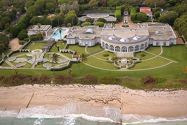 25 Biggest Houses In The World Mansions Celebrity Houses