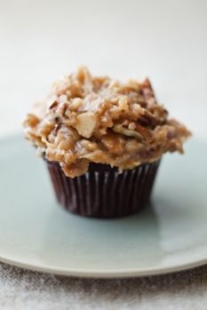 barefoot contessa's german chocolate cupcakes ~ even if you use a