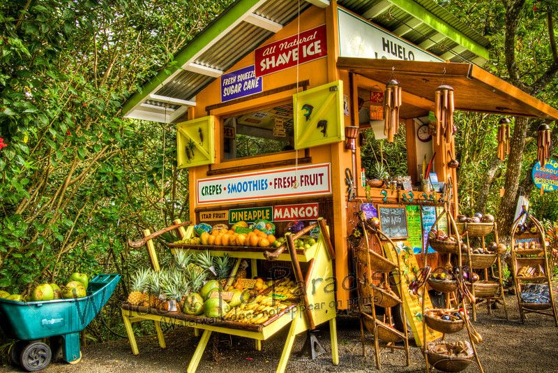Kick-ass small-scale farm stand - I love the colors! So cheery! Would be an  awesome summer job, selling fruits & veggies and blending up smoothies.