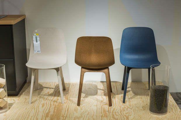 No Waste : les chaises OdgerLes chaises Odger, réalisées avec 30% de fibres de bois et 70 % de bouteilles recyclées, le tout teinté dans la masse. Le résultat est surprenant, le toucher un peu granuleux très agréable. Les trois couleurs, ivoire, bois clair et bleu gris sont vraiment parfaites. Un vrai coup de coeur !