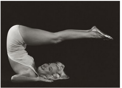 Marilyn Monroe practices Halasana.