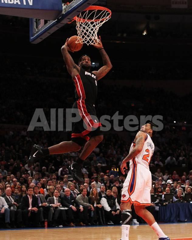 on sale 53f1c 10b50 Miami Heat v New York Knicks  LeBron James and Wilson Chandler by David Dow  Sports Photo - 20 x 25 cm