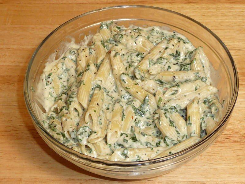 creamy spinach pasta manjula s kitchen indian vegetarian recipes creamy spinach spinach on hebbar s kitchen white sauce pasta id=96508