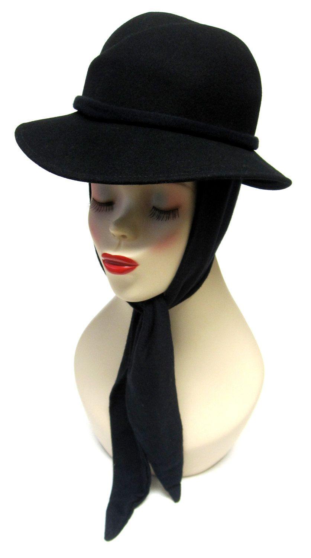 Vintage 1960s Off White Wool Felt Hat