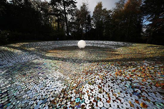 Bruce Munro - 50 000 repuposed, discarded CDs