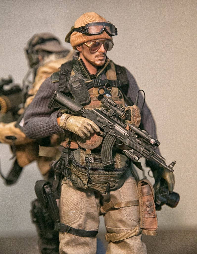 1 6 Pmc Military Action Figures Military Figures Army Men