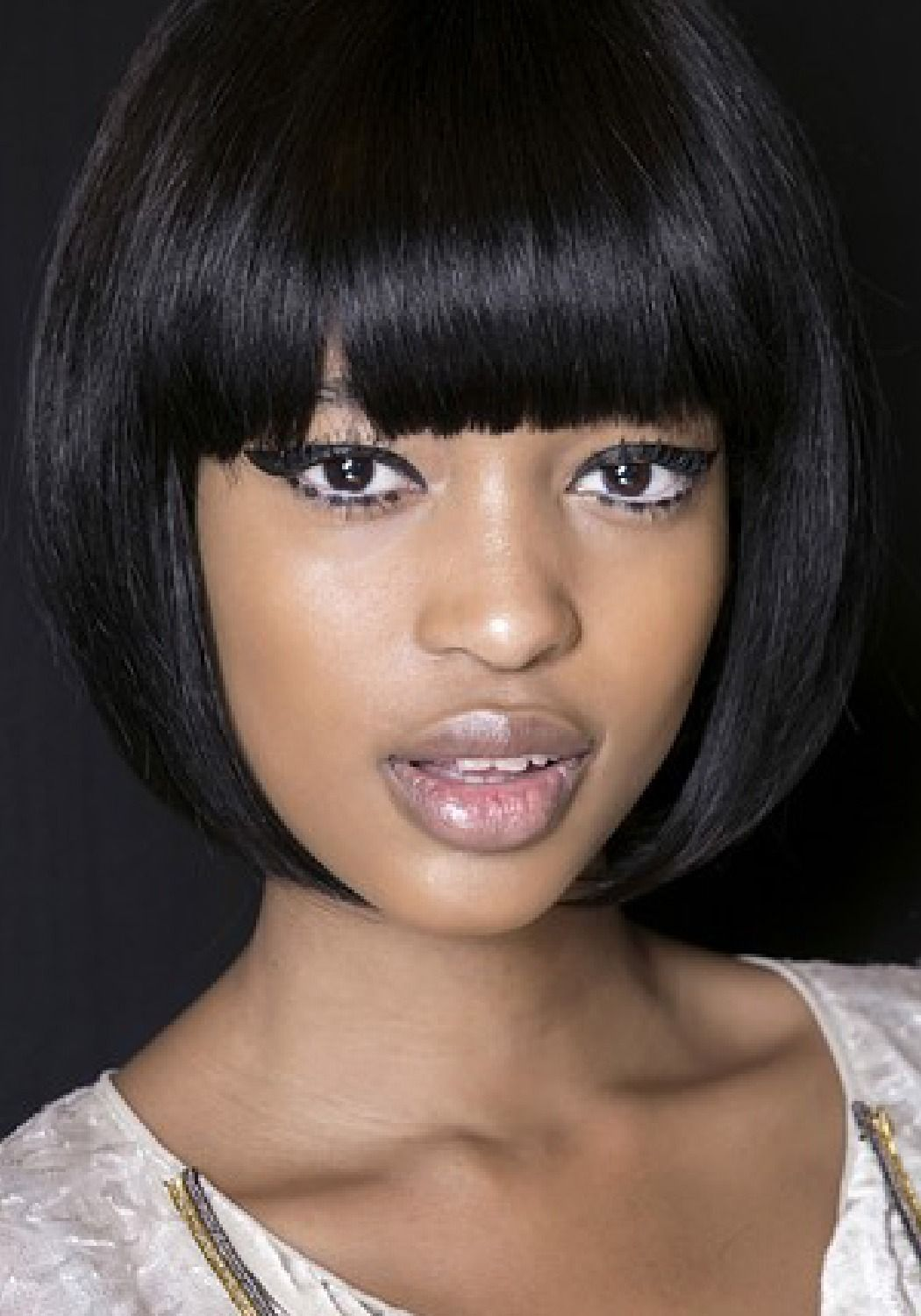 Fall 2013 Trend Report 12 Trends To Get You Through The Season Bob Hairstyles With Bangs Hair Styles Short Bob Hairstyles