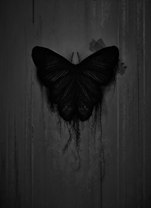 Pin De Mina En Cosas Piola En 2020 Arte Post Apocaliptico Fotos De Portada Arte Oscuro