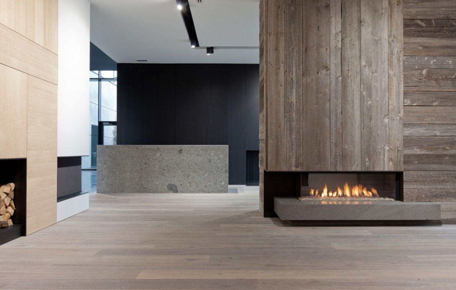 Pin By Lori Owen On Fireplace Chimney Modern Fireplace