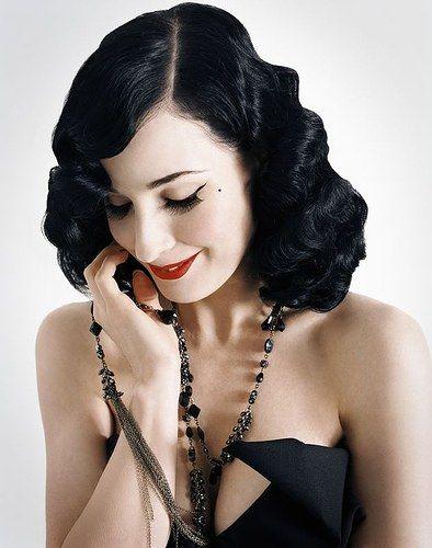Dita Von Teese #dita #beauty #burlesque Coiffure Pinterest