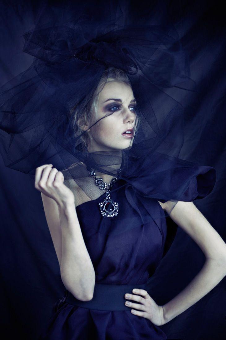 fashion-and-seek: Photographer:Clara Copley