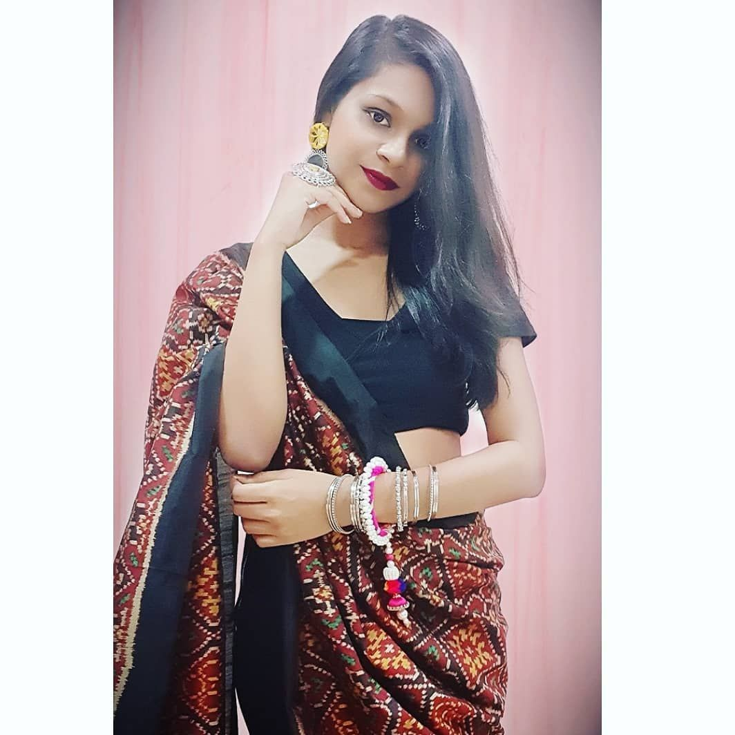 On this Auspicious festival May your life : Shimmer like silver Shine like gold And dazzle like platinum!! Happy Dhanteras   Outfit - In @sunitamodigs for Last night's Diwali Party       #diwali #festive #festivalfashion #traditional #saree #fusionwear #black  #beauty #photoshoot #love #fashionista #ethnic #ethnicvibes #black  #bloggerlife #blogger  #bloggerstyle #blog #fashion #lifestyle #instafashion #mystyle #fashionblogger #lifestyleblogger #MS #happydhanteras On this Auspicious festival May #happydhanteras