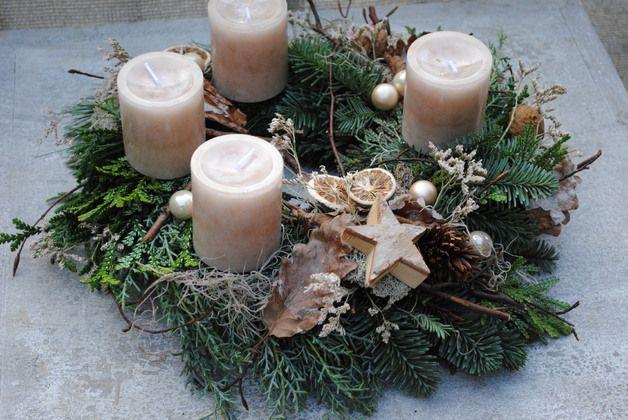 Adventskranz - Adventskranz / Weihnachtskranz - ein Designerstück von Inna-Dueck bei DaWanda #gesteckeallerheiligen