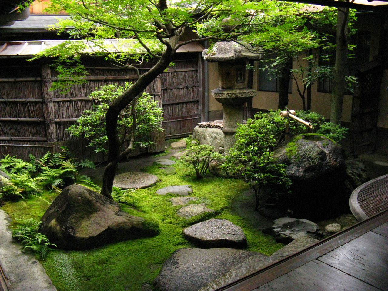 Even the smallest japanese garden is a haven of tranquillity garden pinterest japanese - Japanese garden ...