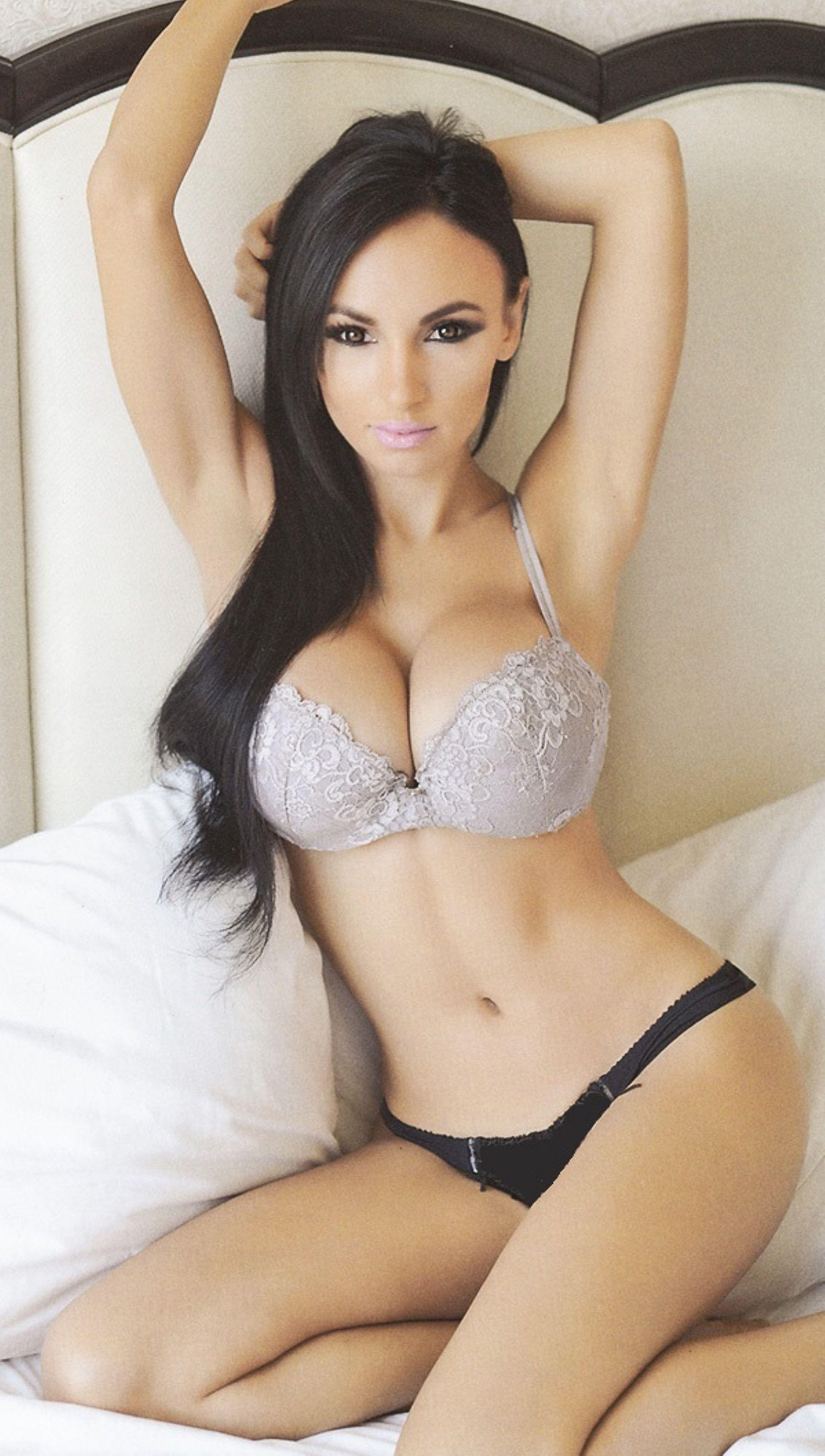 http://sweatmoonlace.blogspot/ #sml #sfw #women #girls #boobs