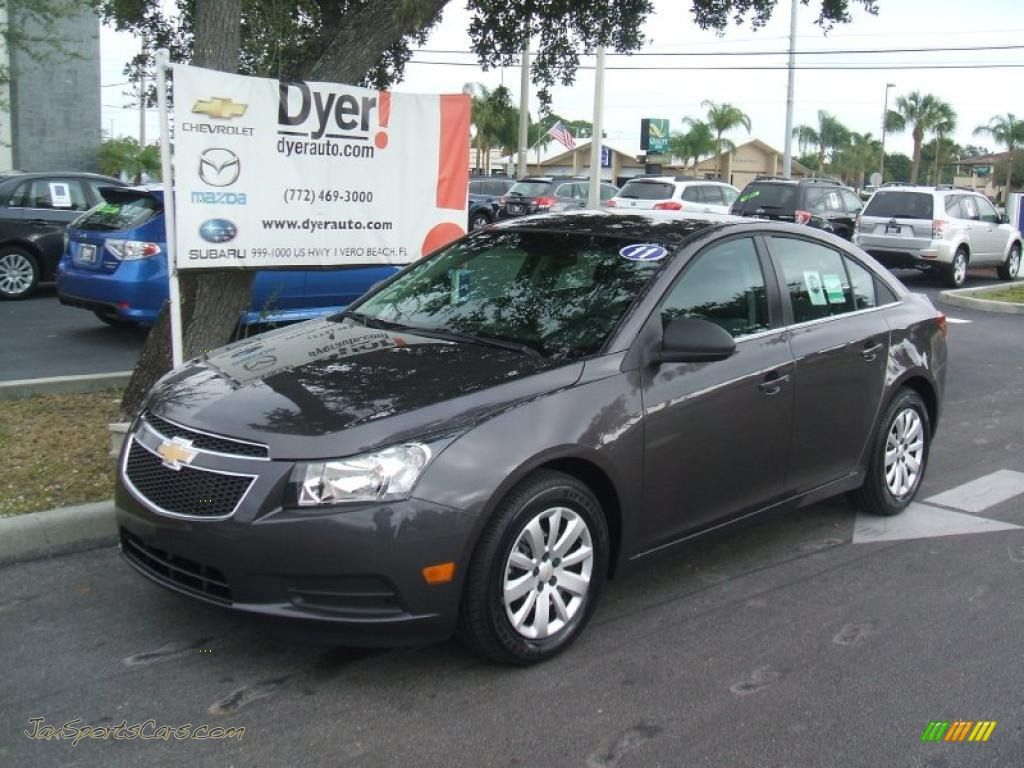 2014 Chevy Cruze Dark Grey HD Wallpaper (13313) - Car Wallpaper ...