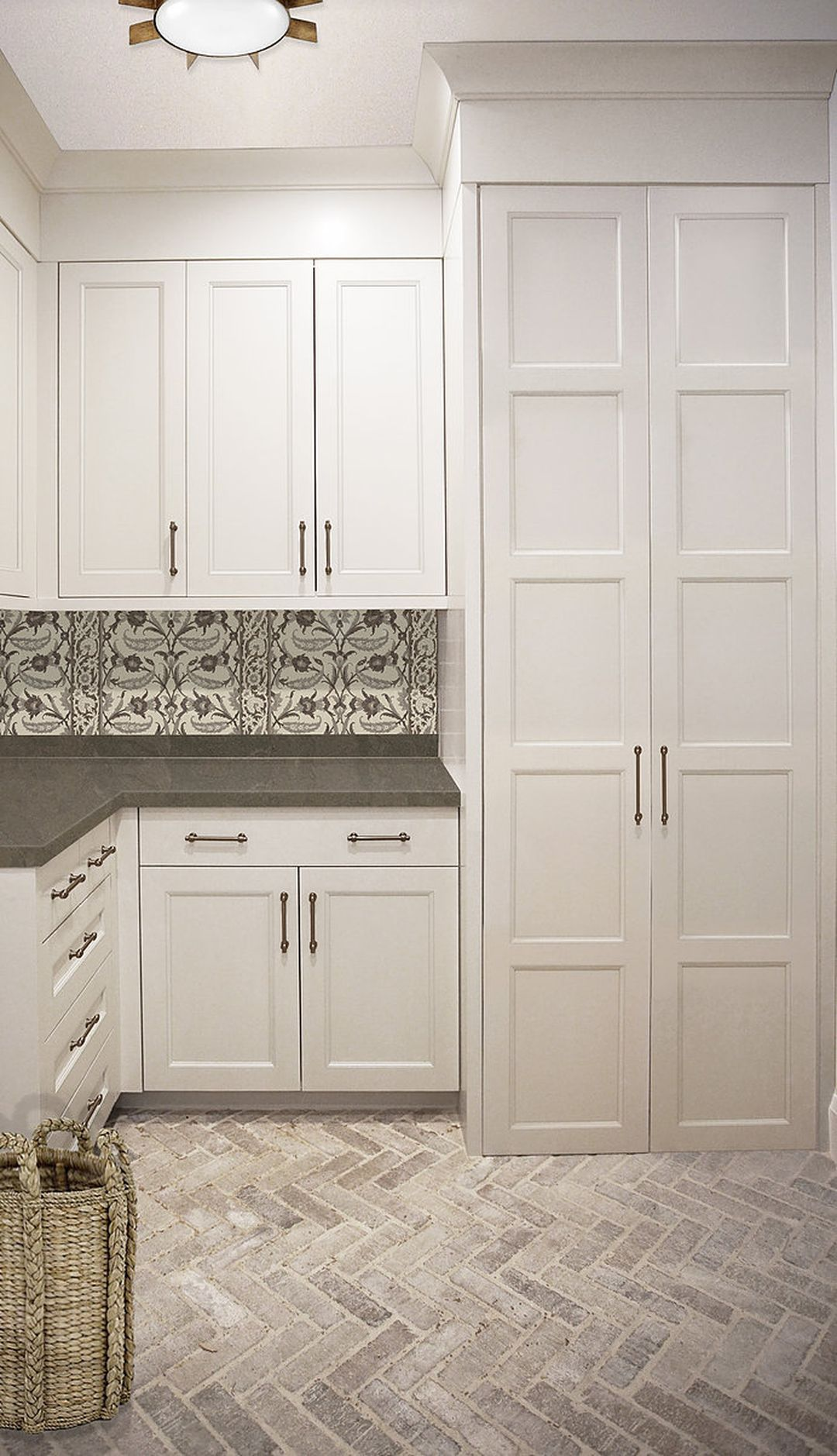Beautiful Laundry Room Tile Design Ideas 22