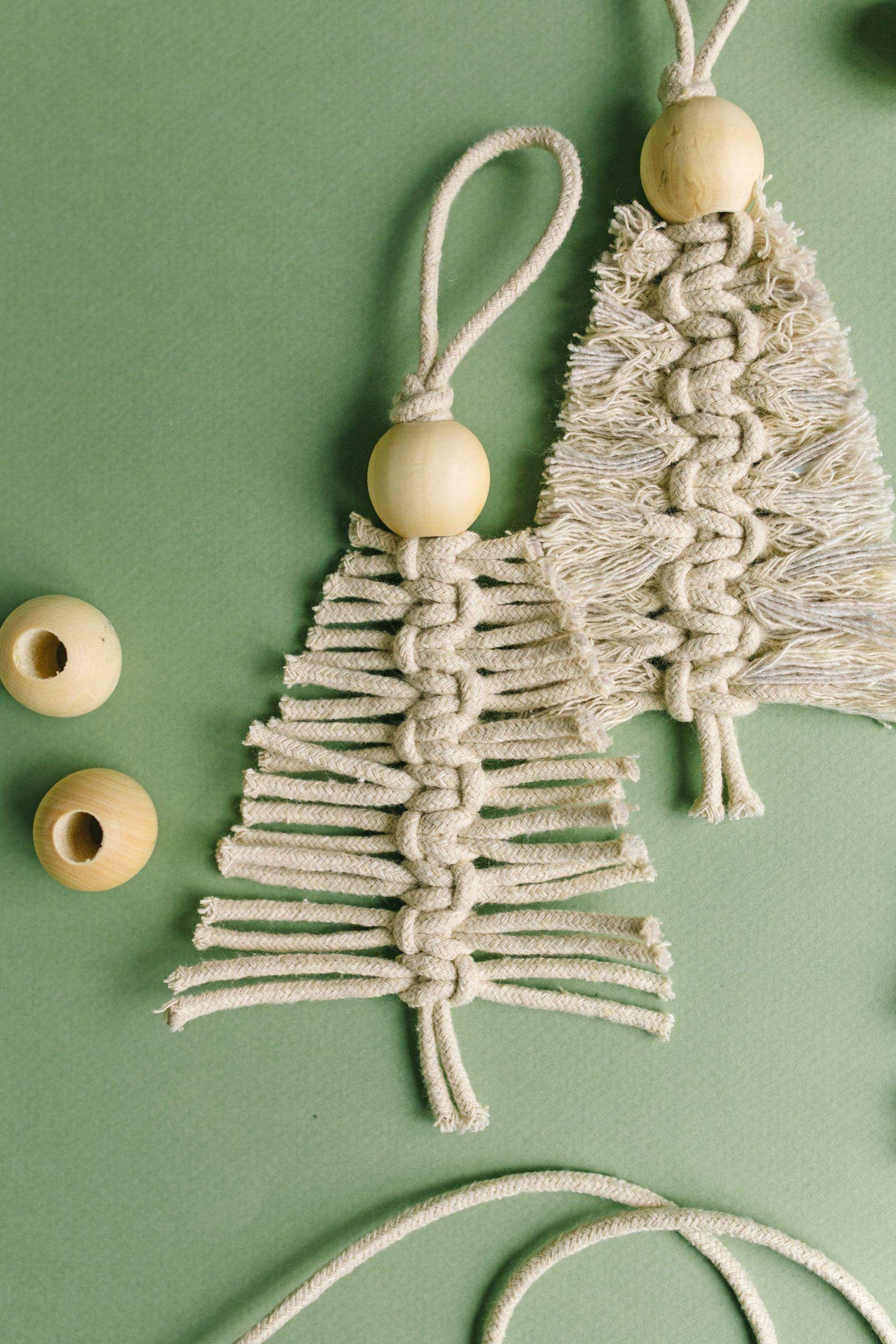 Holiday Crafts: DIY Macrame Christmas Ornament