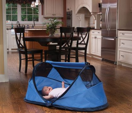Pea Pod baby travel bed baby bed / baby tent ... i needed one & Pea Pod baby travel bed baby bed / baby tent ... i needed one of ...