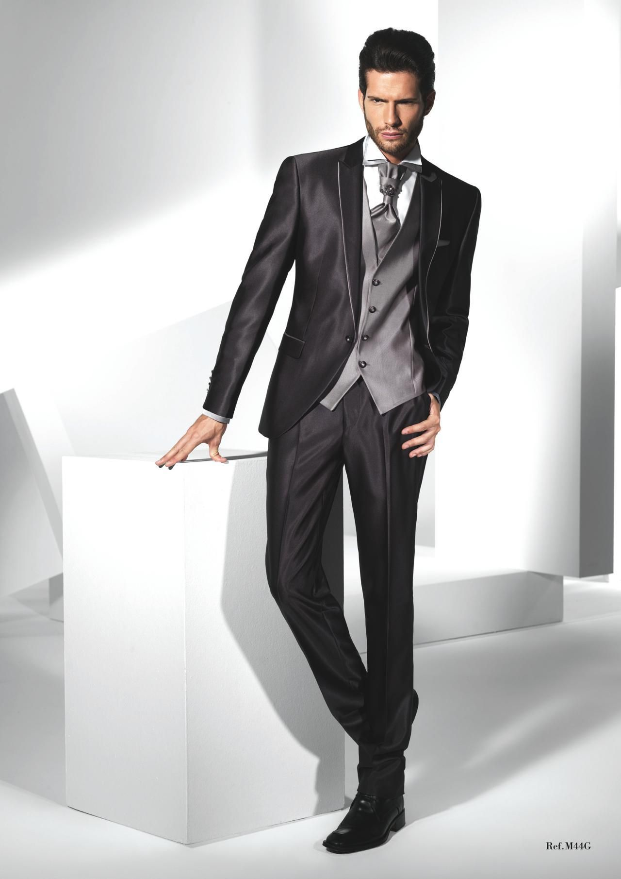 dark-grey-suit-mens-wedding-suits-2015-peaked.jpg (1280×1810 ...
