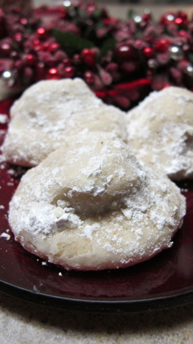 Snowball Hershey Kiss Cookies Recipe