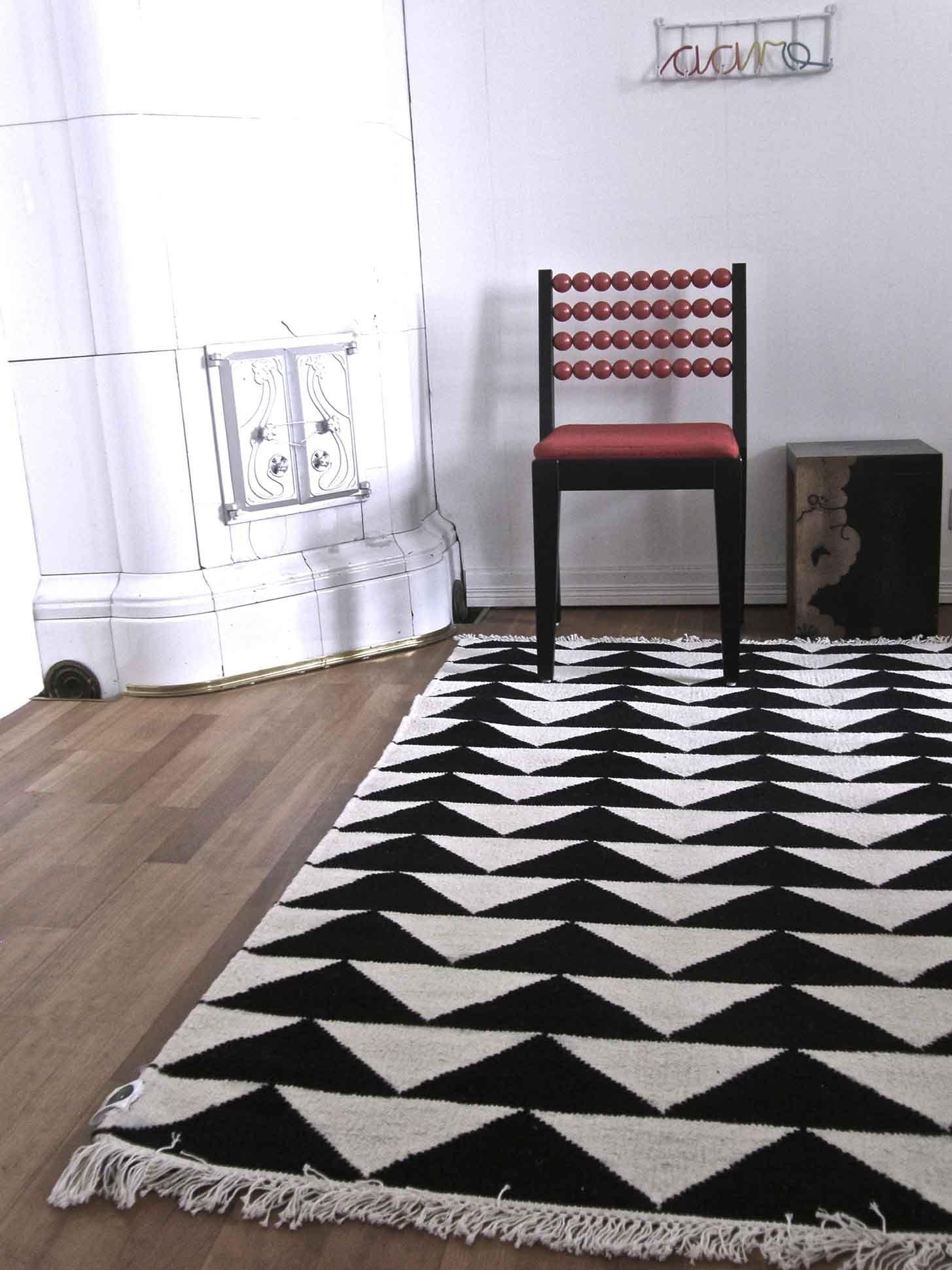 Mum's . Collection . Mum's living . SIKSAK carpet