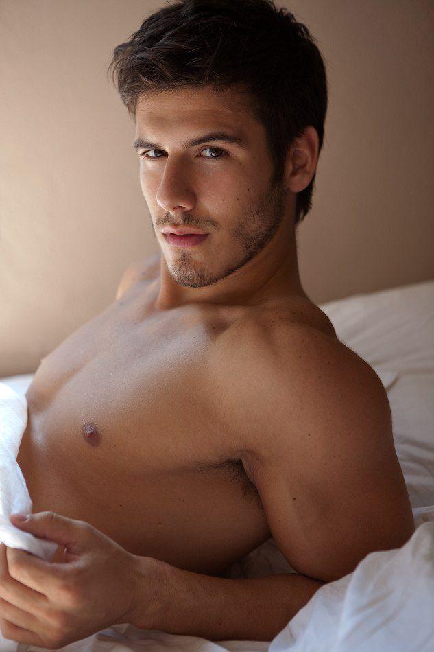 Lucas Bernardini Naked In Bed