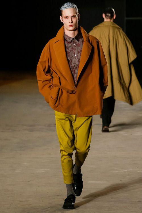 Robert Geller FW16. menswear mnswr mens style mens fashion fashion style runway…