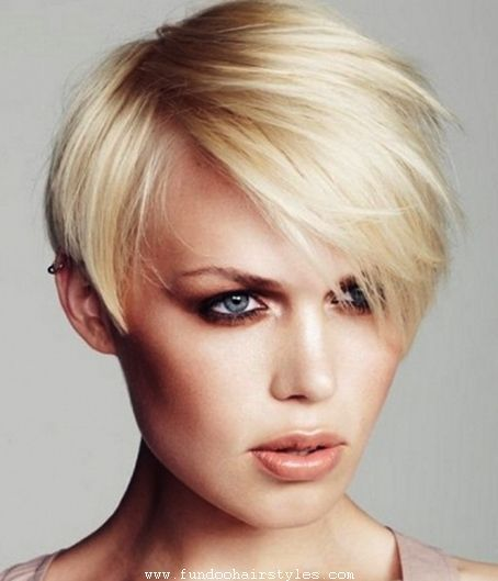 Super Short Hair | Cool Hairstyles | Adventures in a Pixie (1 ...