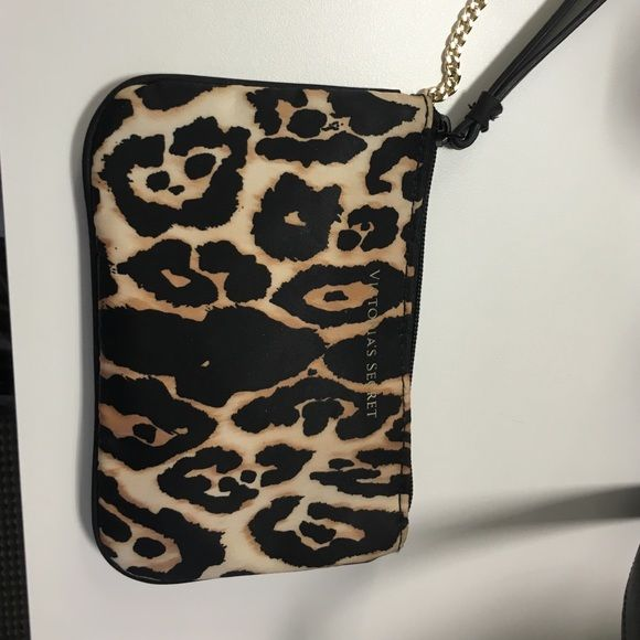 Victoria's Secret leopard wristlets Super functional and cute VS wristlet- can fit an IPhone 6S and several other small items- durable strap and features a gold tone keychain! Victoria's Secret Accessories Key & Card Holders