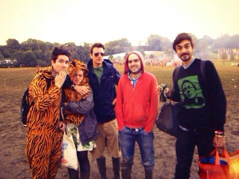 Tiger onesie dan!