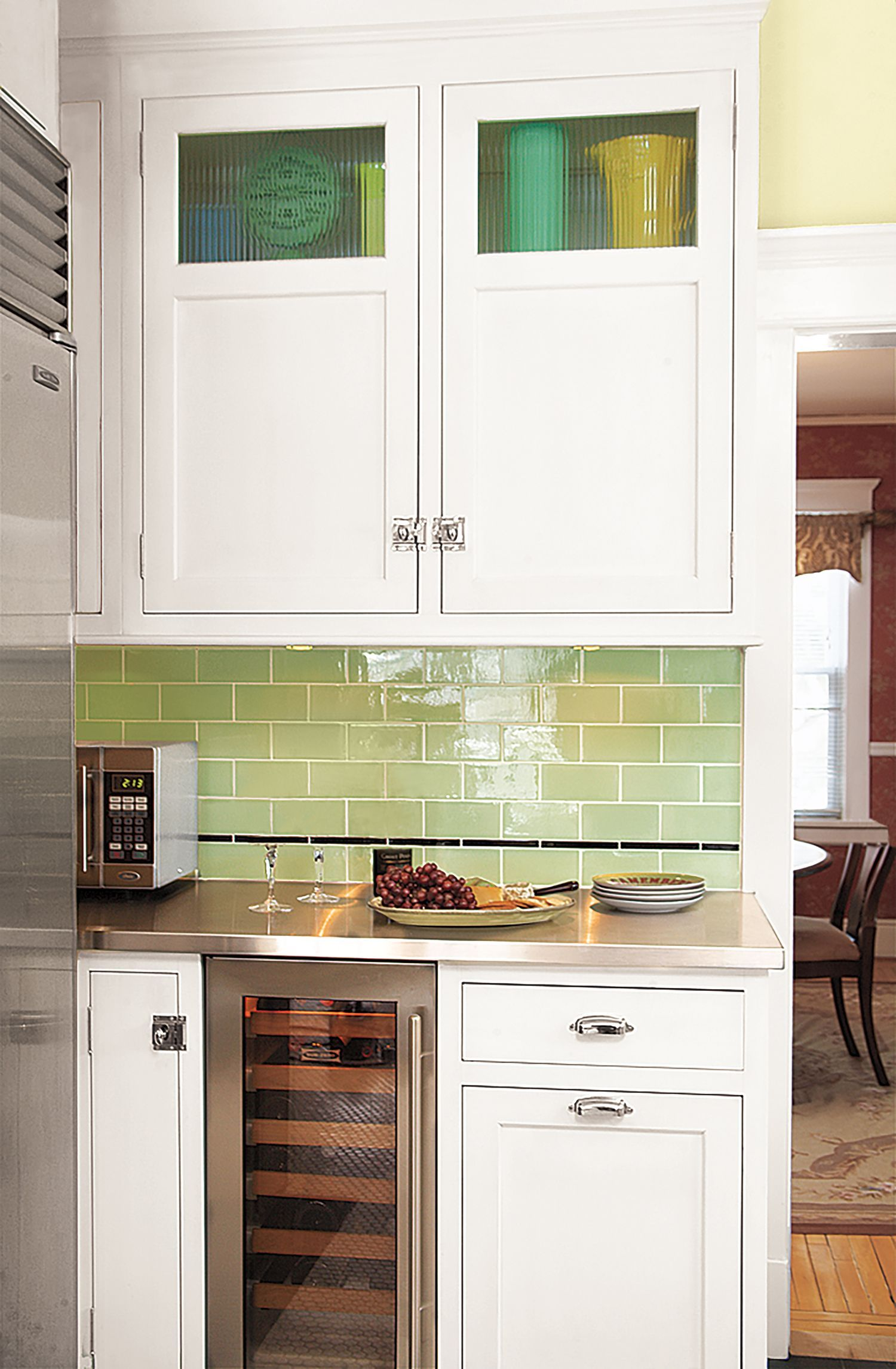 Rather than stacking glass-doored cubby units over upper ...
