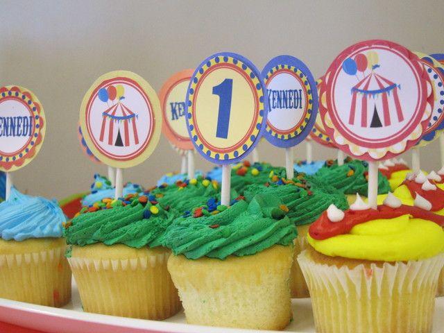 Cupcakes at a Circus Party #circus #partycupcakes