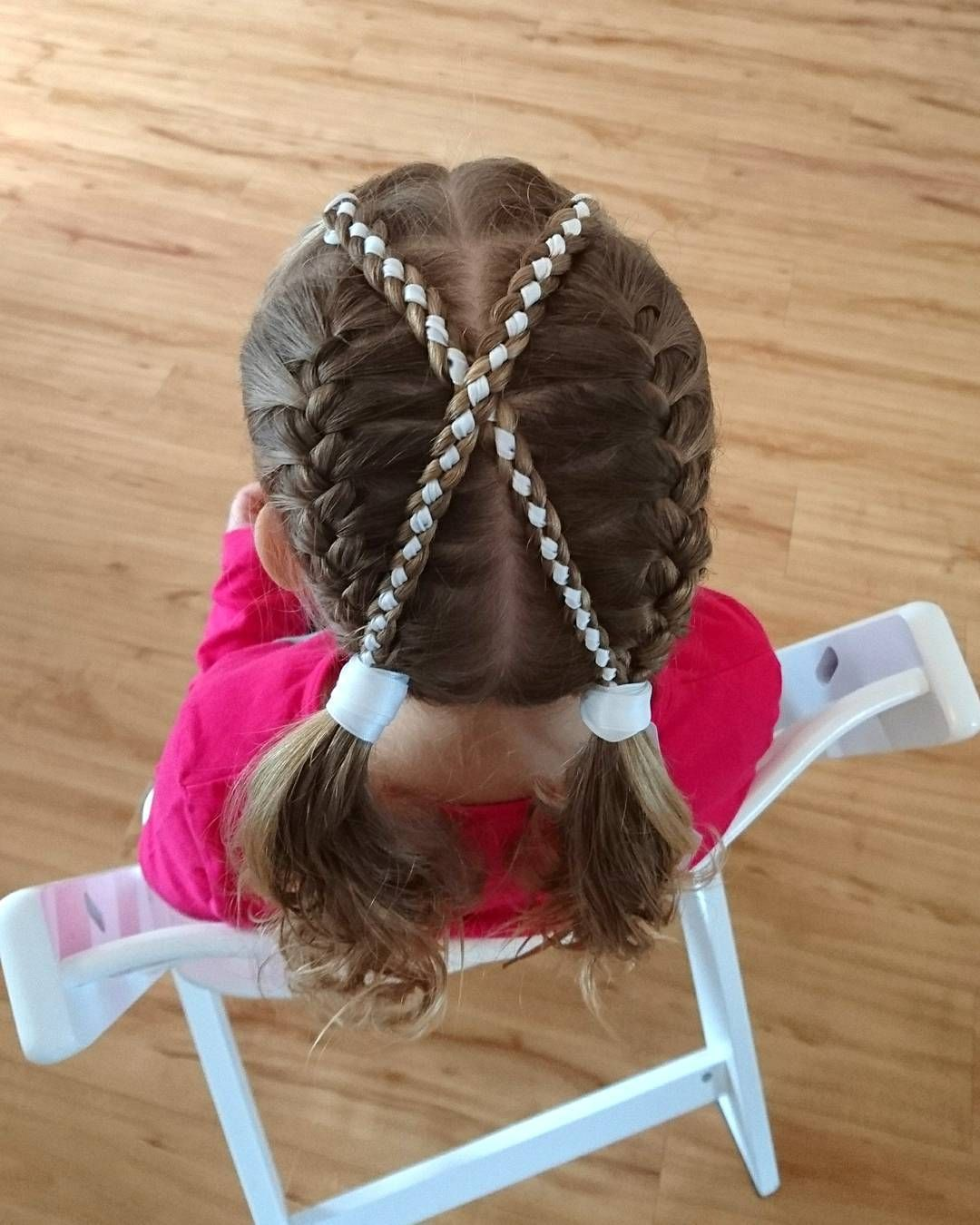2 Four Strand Ribbon Braids And 2 French Braids Into Pigtails Inspired By Goudhaartje Nl And Laura Hairstyles Vlechten Vlechtidee Invlechten 4strandbraid